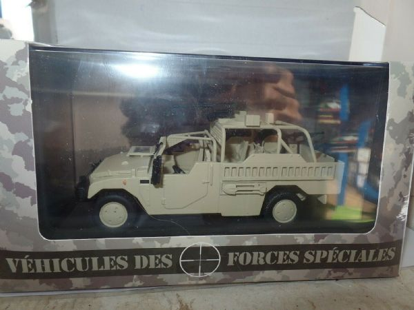 Atlas 1/43 Scale Renault Sherpa Light 401 French Special Forces Gun Carrier Tank - 263983555471